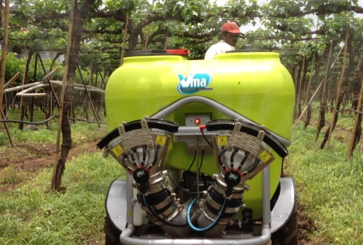 Pulverisateurs-Vignobles en espalier-Tractés-Nm 300 - 400